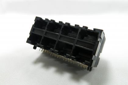 J061-2X4P-TH